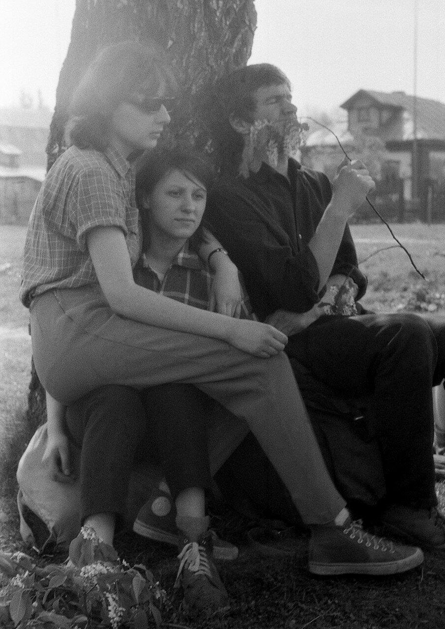 18. Наташа Бойко, Таня Краснова и Юра Горюшин