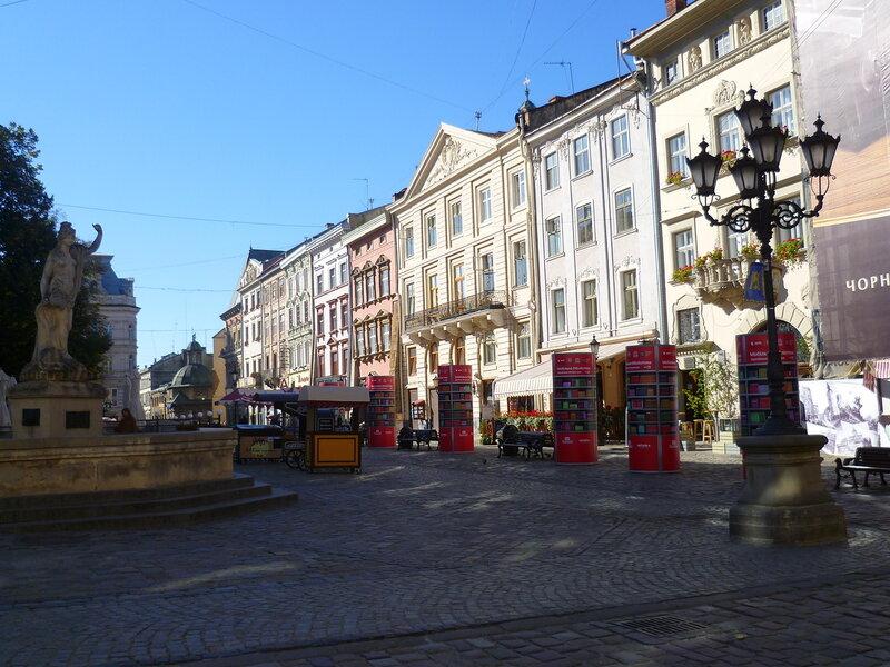 Украина, Львов - площадь Рынок (Ukraine, Lviv - Market Square).