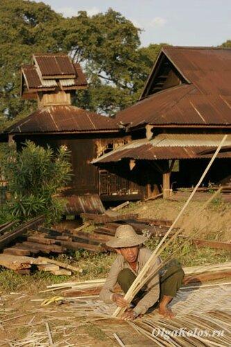 Плетение стен и полов из бамбука