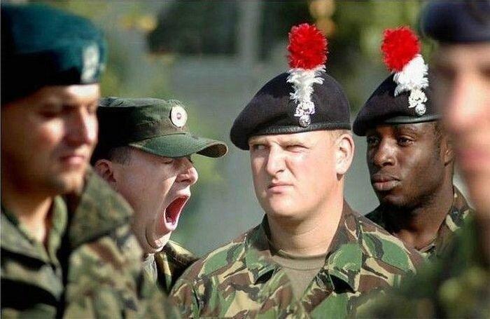Смешные армейские будни hilarious_army_photos_38