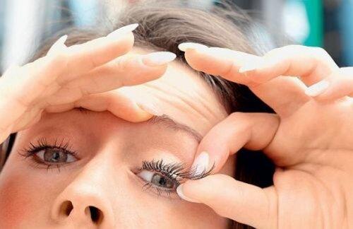 Легко ли строить глазки?
