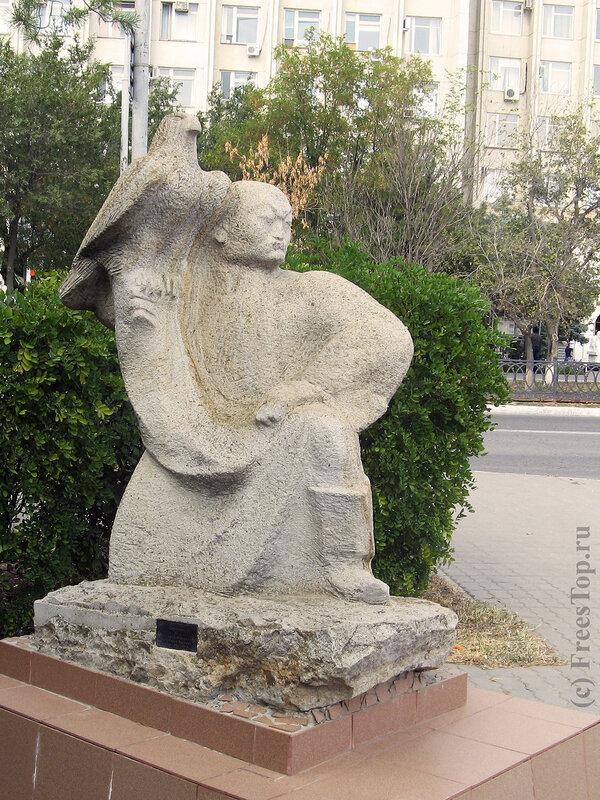 Скульптура в парке Элисты