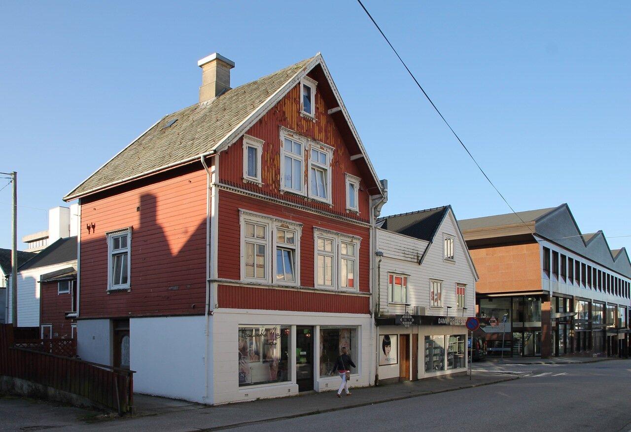 Хаугесунд. Торговая улица Sørhauggata