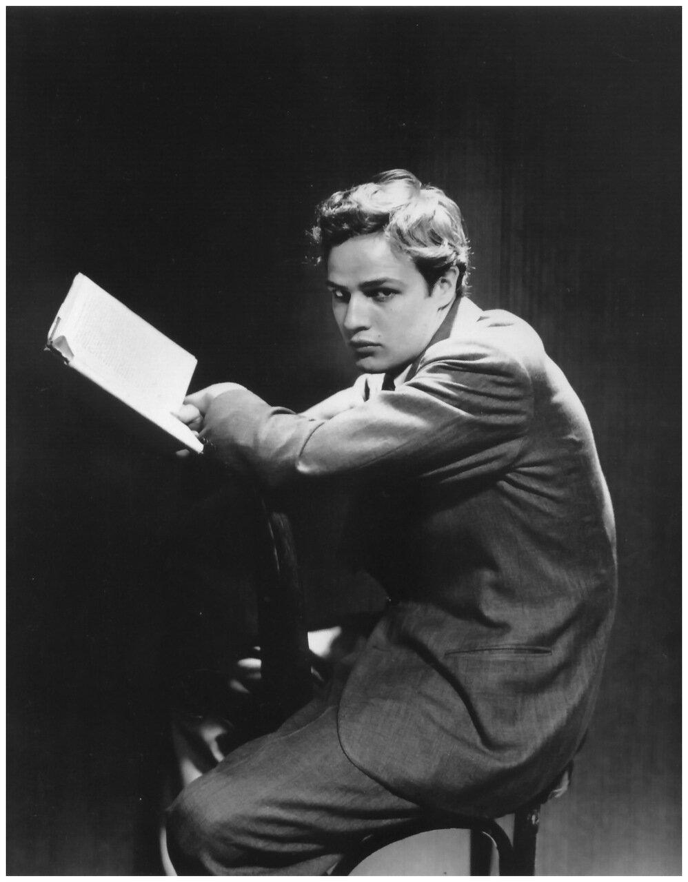 1946. Марлон Брандо