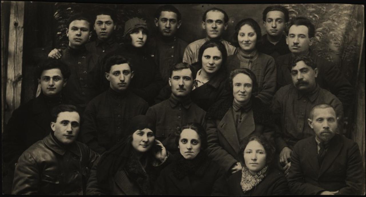 Местечко Хабно Киевской губернии. Актив общества кустарей.1920-е - 1930-е.