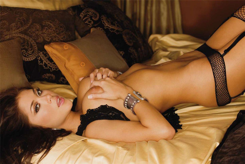 Арианна Челесте / Arianny Celeste UFC in Playboy USA november 2010
