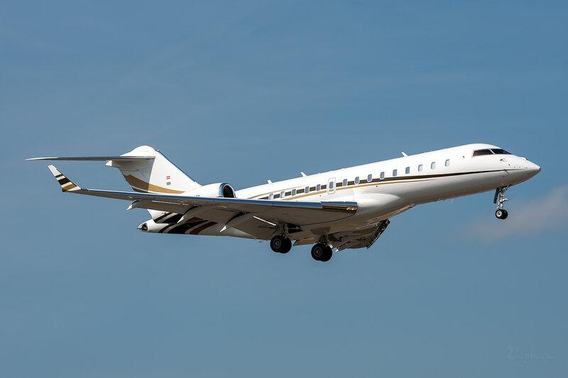Bombardier BD-700-1A10 Global Express (OE-IRN) International Jet Management DSC_3730