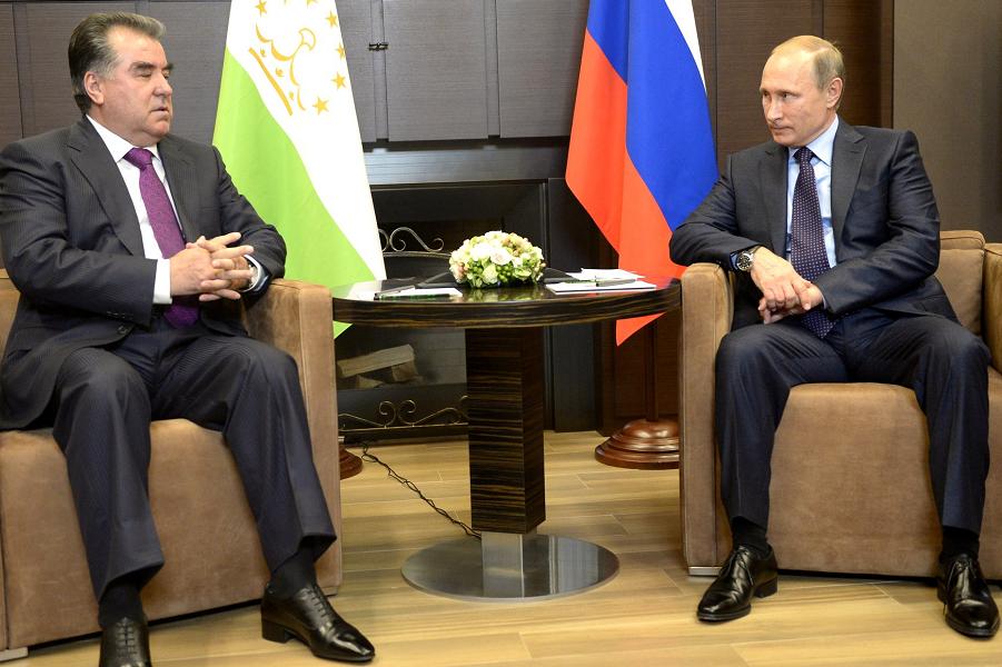 Путин и Рахмон в Сочи, 6.10.15.png