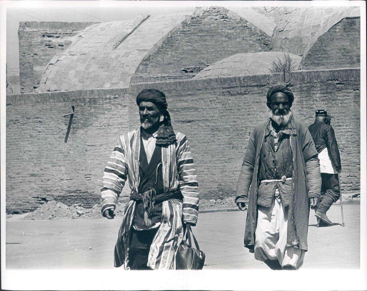 1964. Люди в Самарканде