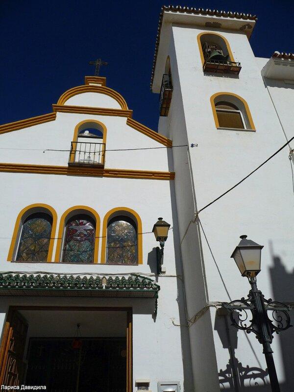 La Iglesia de Nuesra Senora del Carmen- (14).jpg
