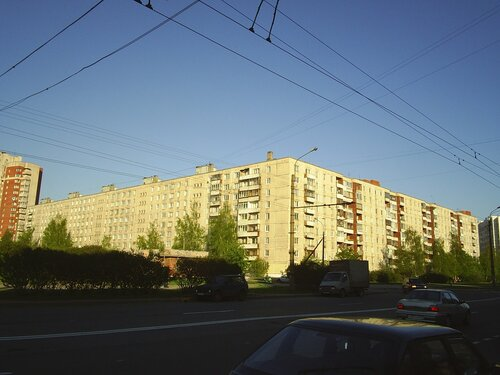 Будапештская ул. 104к1
