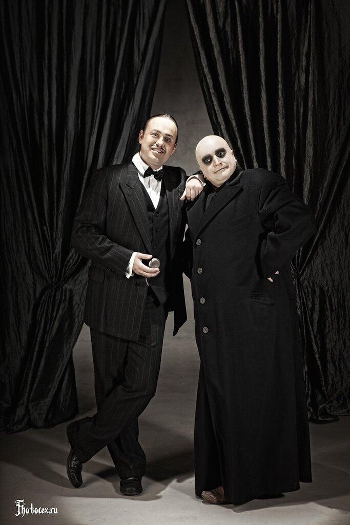 Addams-Fester&Gomez.jpg