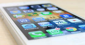 Apple взяла и тихо подняла цены на iPhone