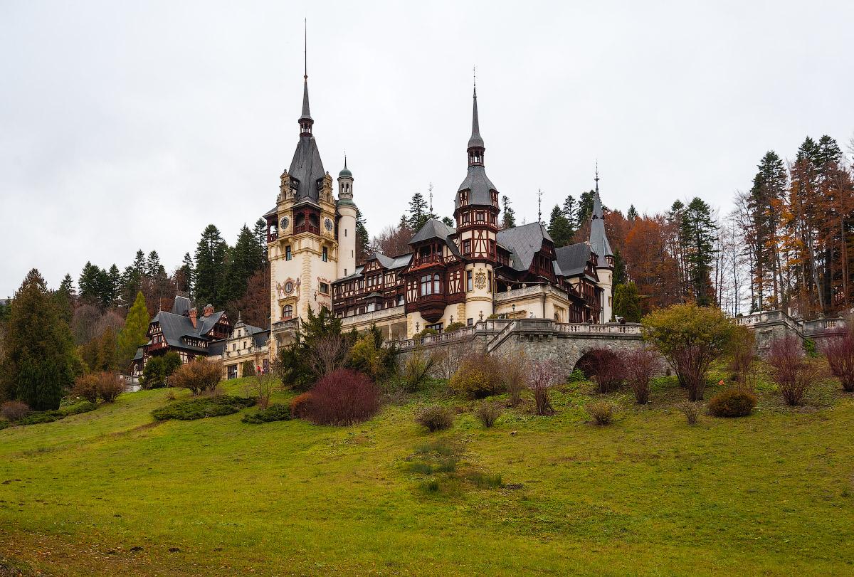 Румыния. Замок Пелеш. Romania. Castle Peles.