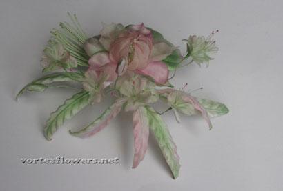 Мелкие цветы из ткани в композиции, мастер-класс.