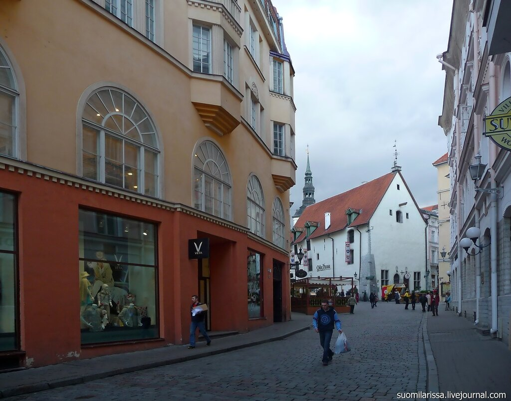 Вид на здание Старого рынка.