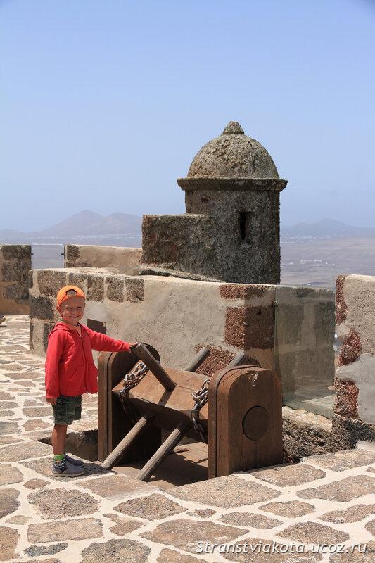 Лансароте, Castillo Santa Barbara