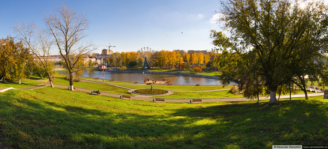 Панорама набережной реки Саранки в центре Саранска