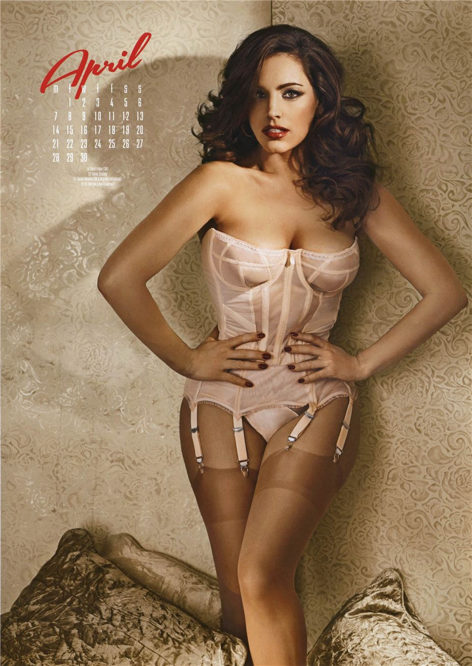 апрель - Календарь сексуальной красотки, актрисы и модели Келли Брук / Kelly Brook - official calendar 2014