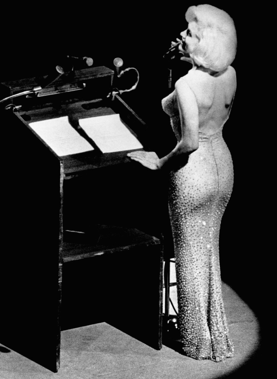 Marilyn Monroe Singing Happy Birthday to JFK