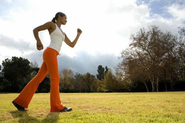 Фитнес: красивые фотографии девушек и мужчин