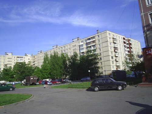 Загребский бул. 37