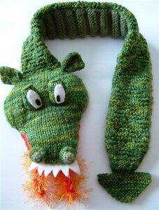 В данном мастер-классе рассказывается как связать шарф в виде дракона.