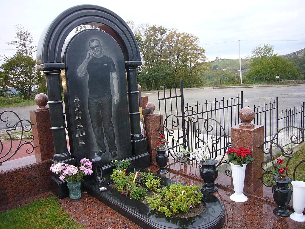 красивые могилы фото