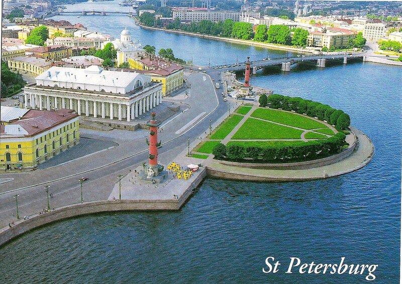 Стрелка Васильевского острова, архитектурный ансамбль которой является шедевром мирового зодчества, на своей...