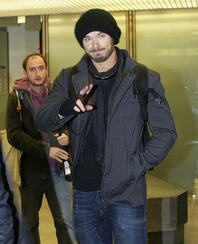 Kellan Lutz arrives at Berlin Tegel Airport