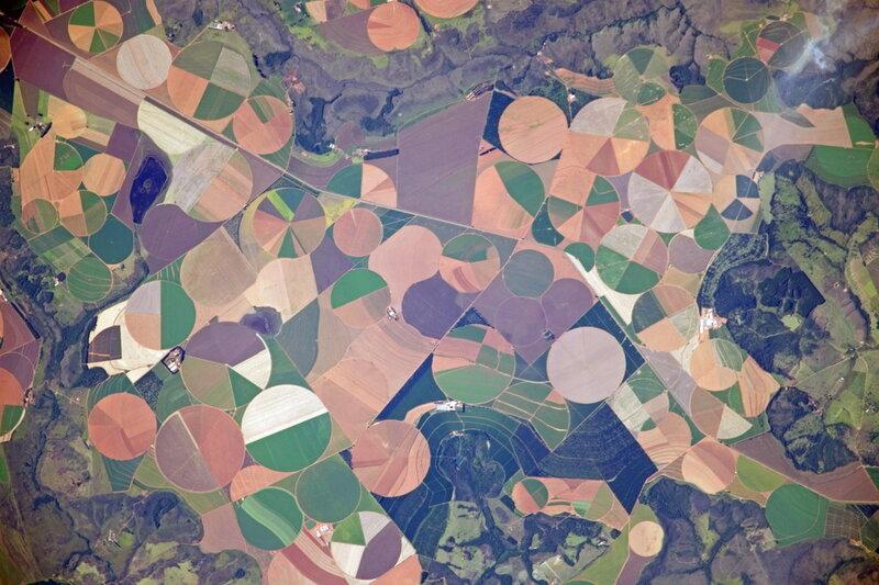 Поля Бразилии из космоса