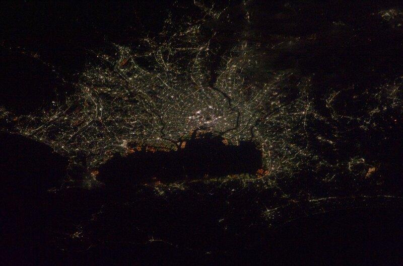 Токио в ночное время