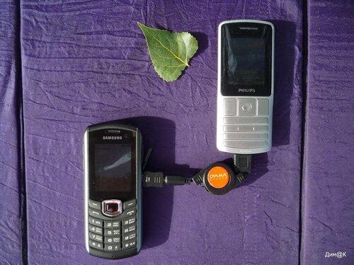 Philips Xenium X130 заряжает Samsung B2710