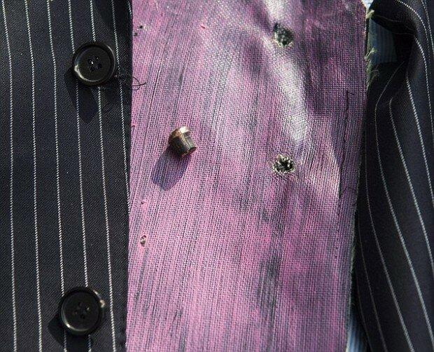Деловой костюм, защищающий от пуль