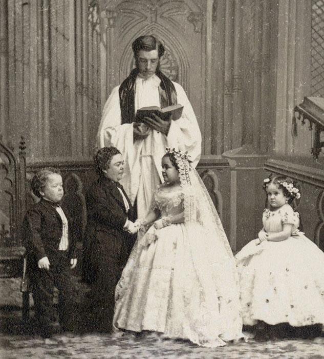 Свадьба Чарльза Шервуда Страттона и Лавинии Варрен.  Всего через год, когда Чарльзу исполнил