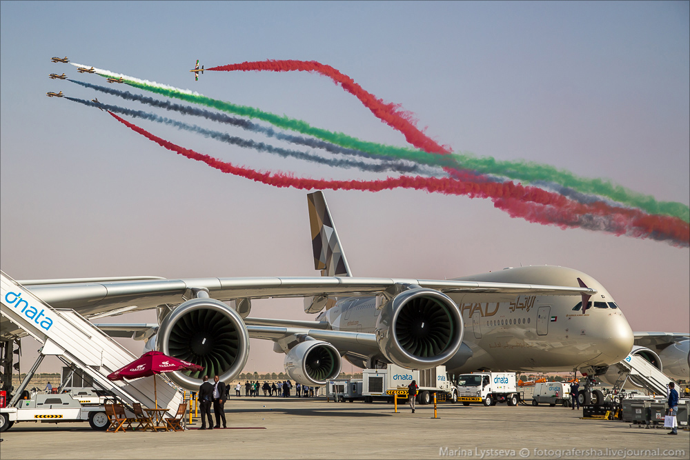 Dubai Air Show 2015 day 2