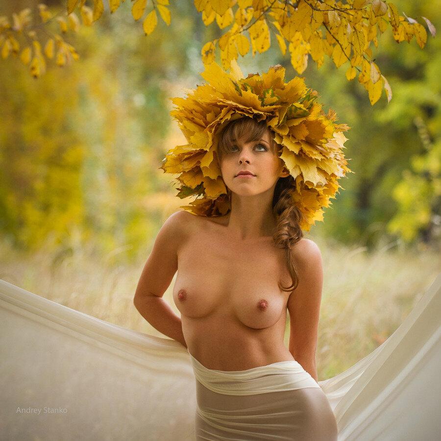 эротическая осенью фото она