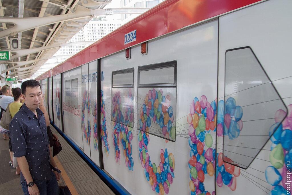 Вагоны метро BTS в Бангкоке
