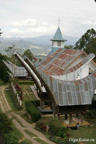 Традиционные дома Тана Тораджа