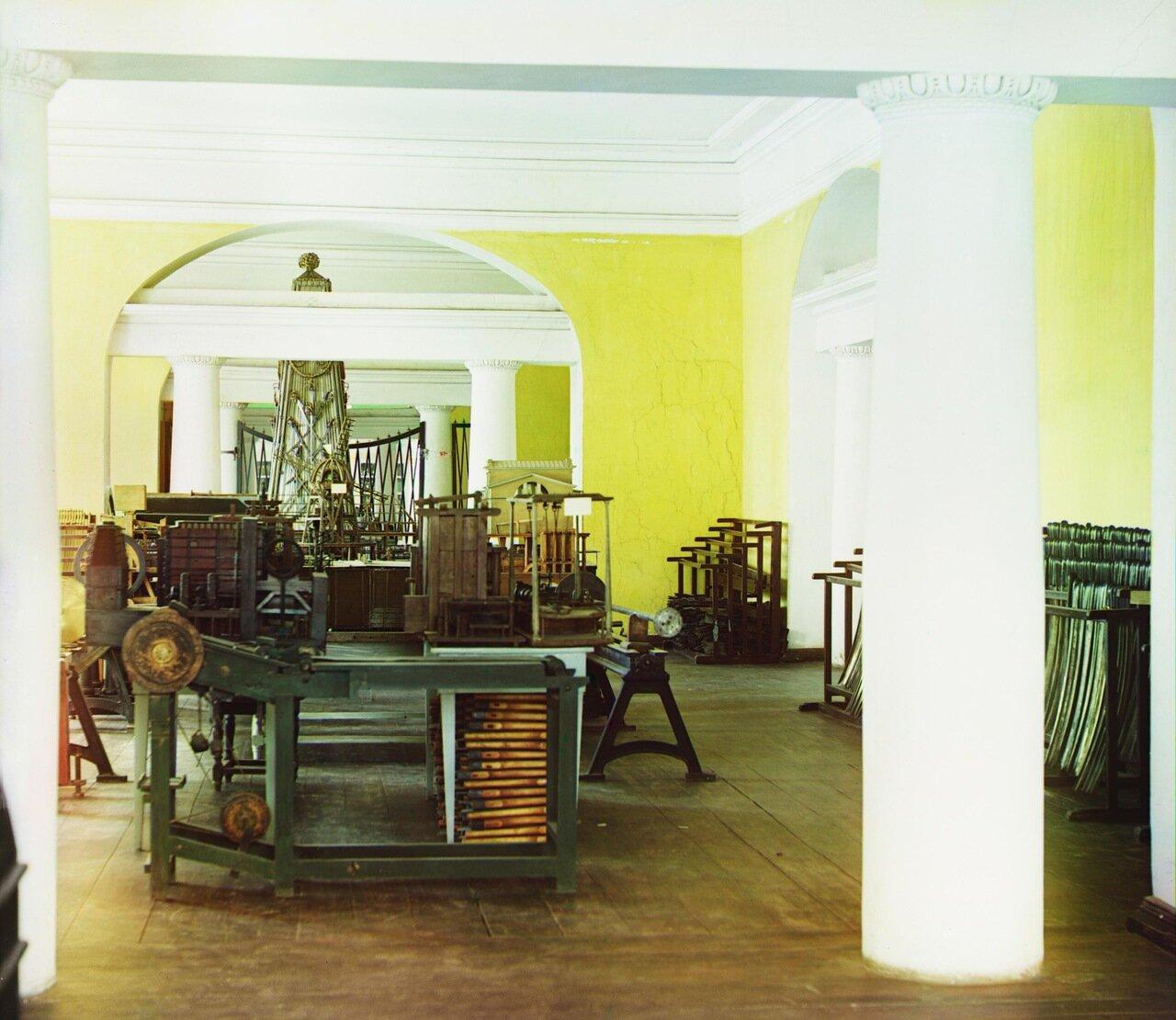 Общий вид зала в музее Арсенала Златоустовского завода