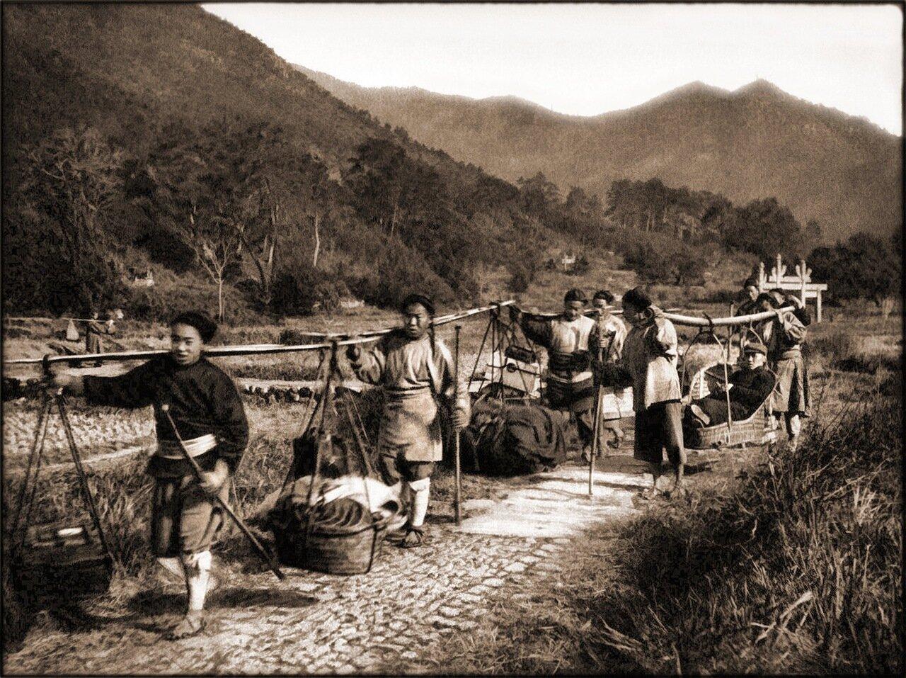 1906. В поездке к монастырю Тянь-Ту, Нинбо, провинция Чжэцзян