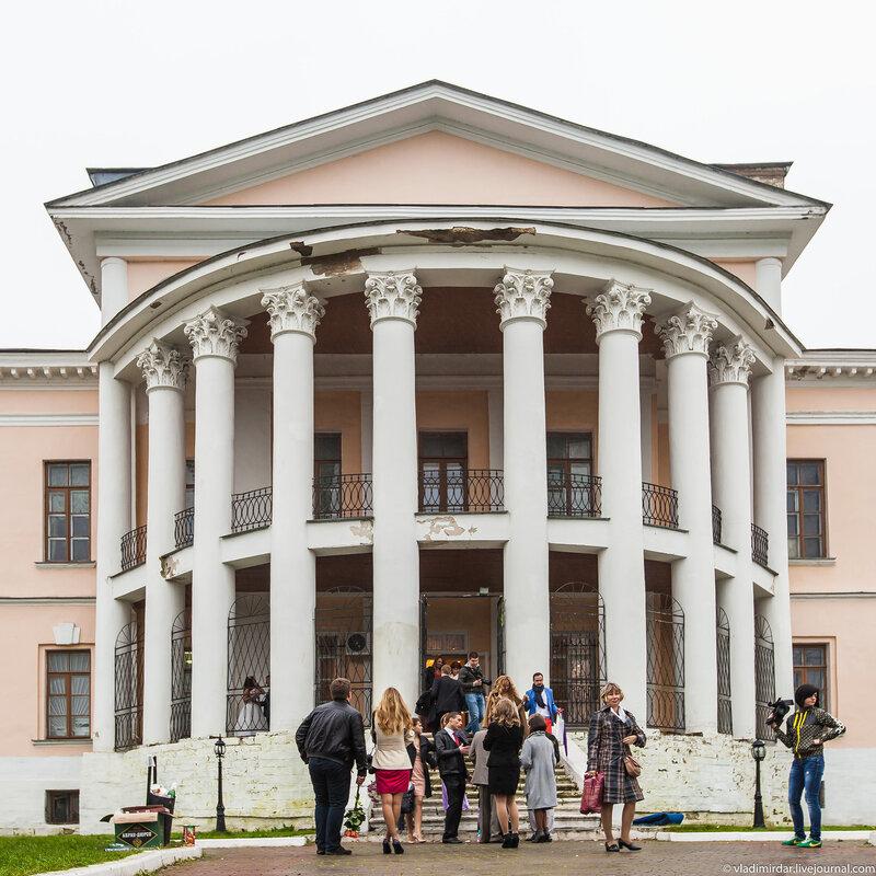 Усадьба Дубровицы - свадебная суета