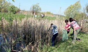 Местные жители уничтожают экологию малых рек в Молдове