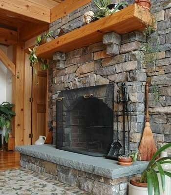 камин в сельском стиле