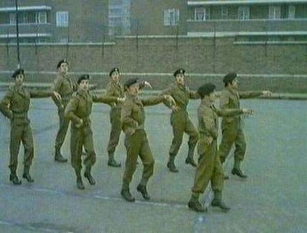 Смешные армейские будни hilarious_army_photos_84