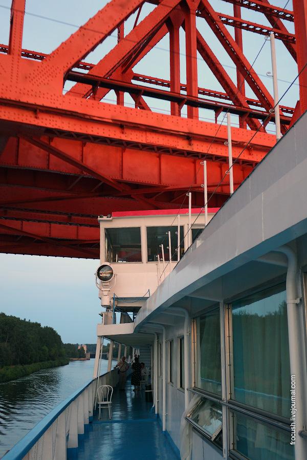 Яхромский железнодорожный мост Савеловского направления через канал имени Москвы