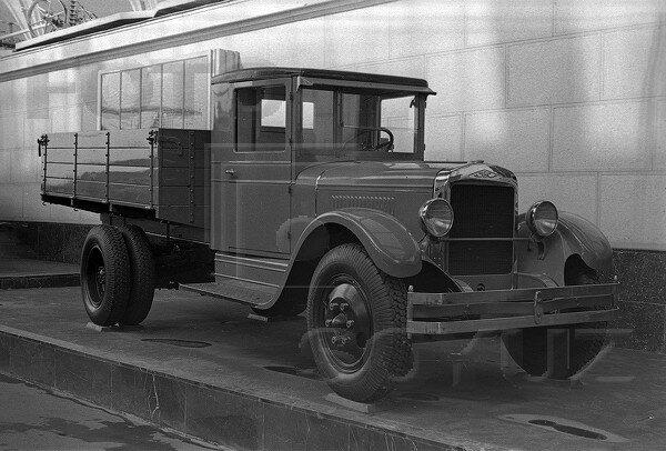 ЗиС-5, павильон Механизация и электрификация сельского хозяйства СССР, 1939 г.