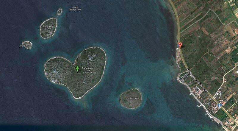 Остров Галесняк у побережья Хорватии  43.978535,15.383542