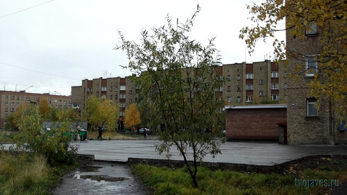 Фото города Инта №5954  Мира 41 и 42 23.09.2013_11:36