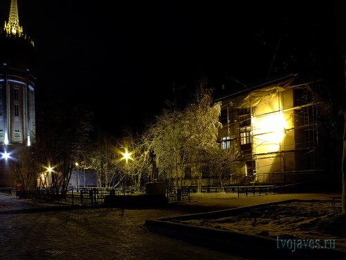 Фото города Инта №6089  Юго-восточный угол Чайковского 5 09.10.2013_19:56